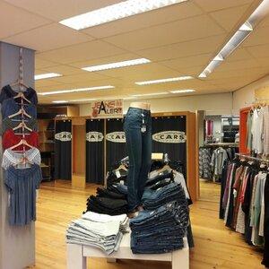 Jeans Alert image 6