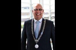 Burgemeester Franx maakt op de fiets kennis met Koggenland