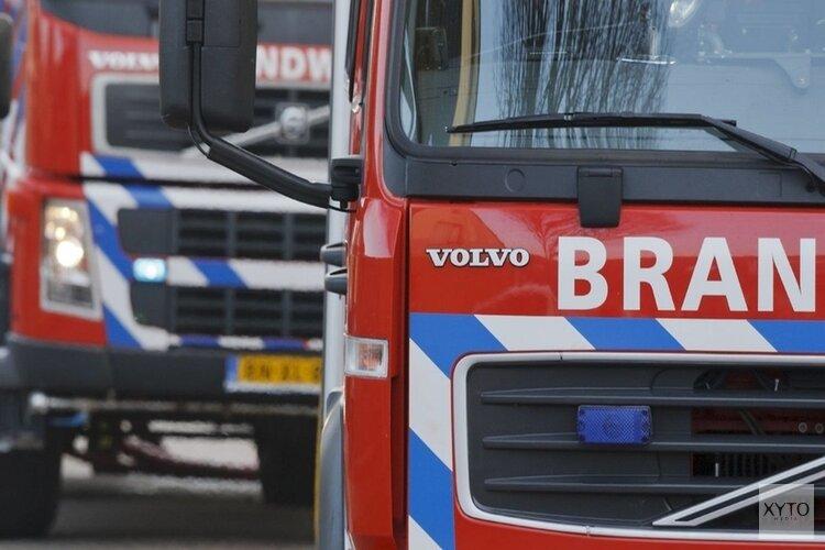 Auto door brand verwoest in Ursem