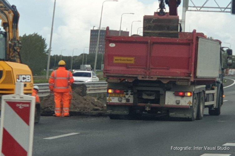 Opnieuw file op A7 richting Hoorn door sinkhole Avenhorn