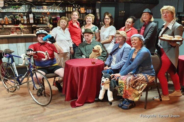 Toneel Ursem presenteert Café Noir